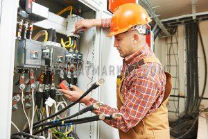 نگهداری تاسیسات برقی